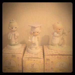 Precious Moments figurines set of 3